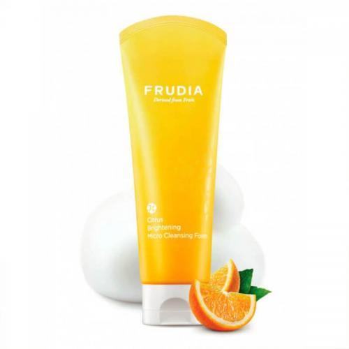 Микропенка для умывания с цитрусом, придающая сияние коже Frudia Citrus Brightening Micro Cleansing Foam 145г